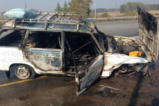ВКрасноярском крае находу зажегся автомобиль