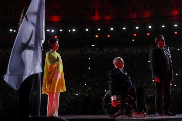 Флаг Паралимпиады был передан мэру Токио, где пройдут Игры 2020 года.