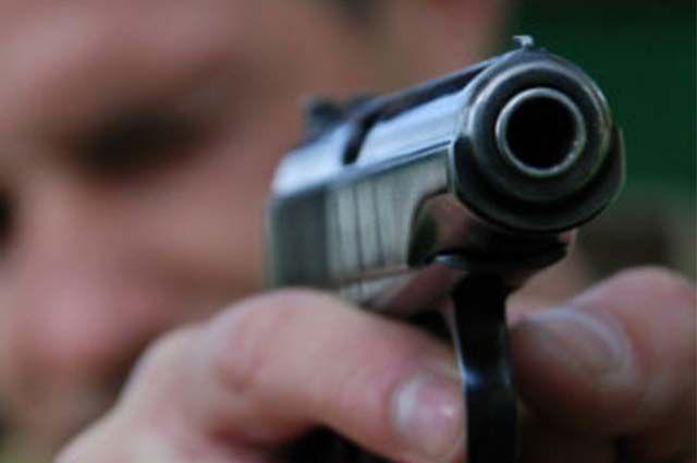 ВКиеве парень подстрелил нетрезвого мужчину водворе жилого дома