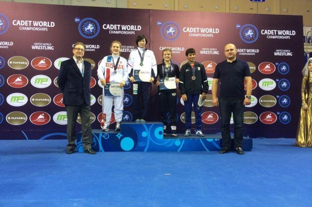 Надомашнем чемпионате Мира поборьбе Грузия получила три золота