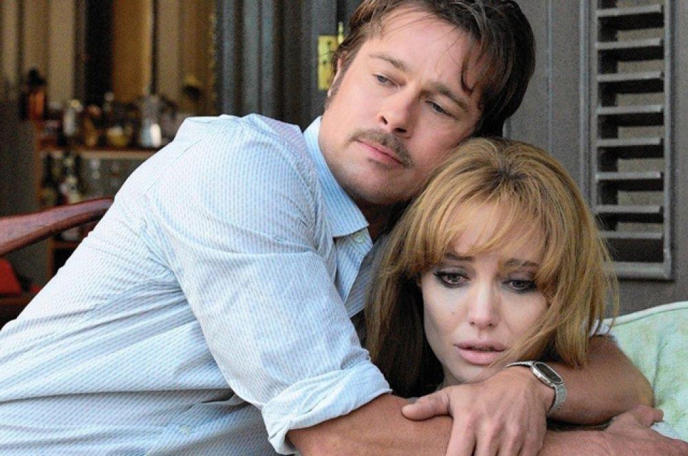 В 2015 году супруги вместе снялись в фильме «Лазурный берег», где Джоли выступила в качестве режиссера, и сыграли пару, чей брак висит на волоске.