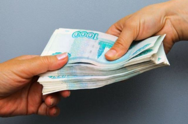 По версии следствия, просил вознаграждение в 12 млн рублей.