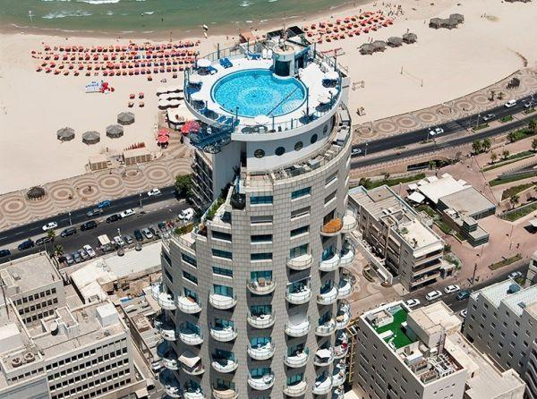 Отель в Израиле под названием Isrotel. Выглядит очень нетипично и необычно