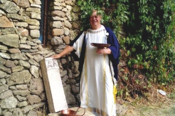 В третью субботу сентября на Дону традиционно отмечается День рождения археологического музея-заповедника Танаис.