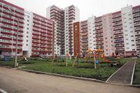 Первую очередь дома на ул. Адмирала Ушакова, 21, сдали ещё в конце 2014 г. Счастливые жильцы заехали туда в прошлом году.