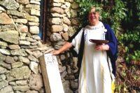 В День Танаиса у стен античного памятника проходят спектакли театра «Одеон» на темы истории Эллады.
