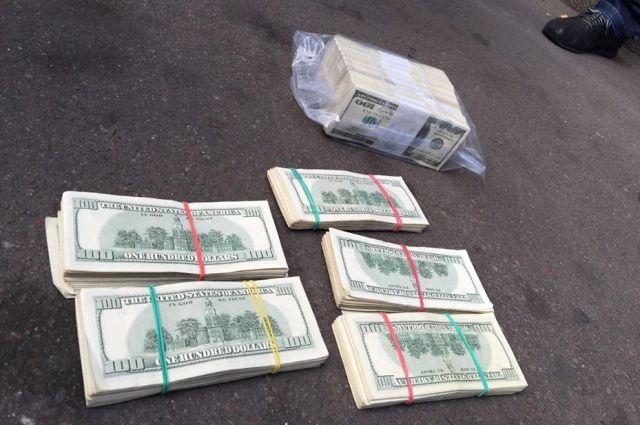 Луценко: СБУ иГПУ разоблачили навзятке в $500 тыс. члена ВСЮ
