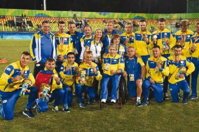 Украинские паралимпийцы уже получили призовые замедали