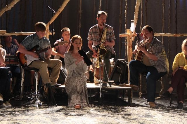 Спектакль «Мирение» основан на реальных историях из жизни телеутов.
