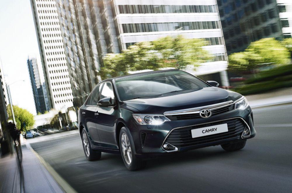 1 место: Toyota Camry