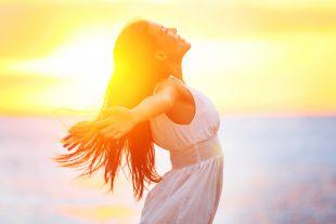 Солнечные лучи опасны так же, как и ультрафиолет.