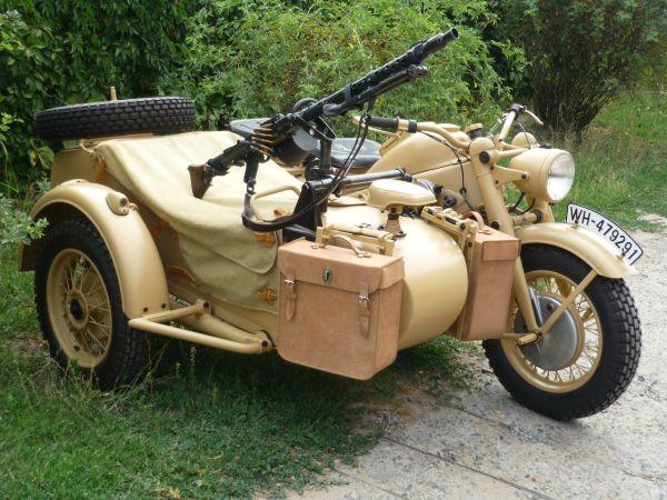 «Лучший ретро-мотоцикл». 1 место -  Zündapp KS750 «Слон», Аксай (Ростовская область).