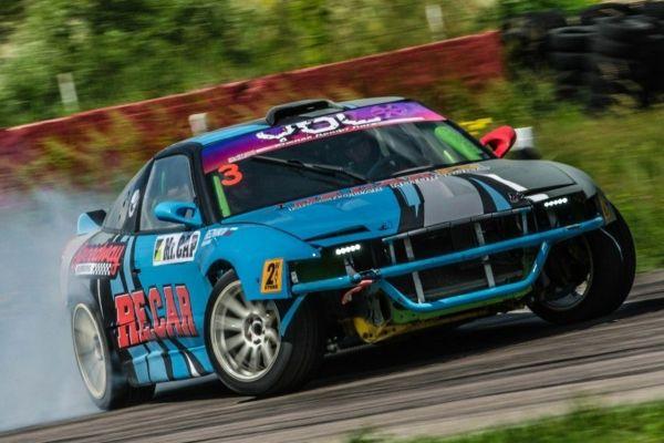 «Лучшая инженерия». 2 место - Nissan 240 JZSX Hollow, Краснодар.