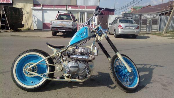 «Лучший мотоцикл». 1 место - Honda CR400T Old Bobby, Краснодар.