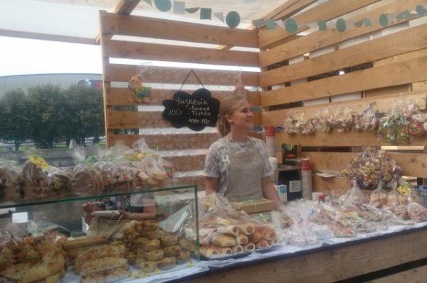 Больше всего на фестивале было мяса, но и сладкие пироги пользовались популярностью.