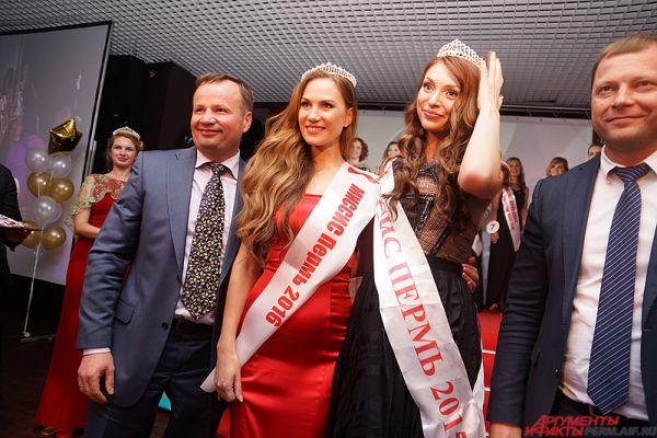 Фотосессия победительницы с прошлой финалисткой Натальей Ежовой.
