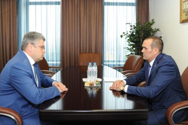 Илья Кривогов (слева), Михаил Игнатьев (справа)