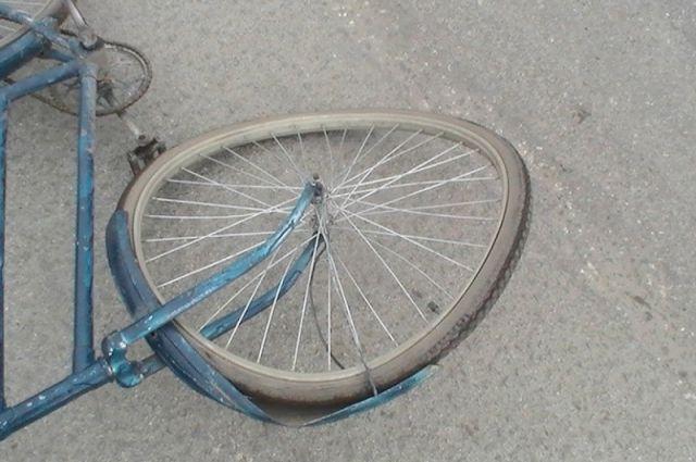 ВТатарстане шофёр насмерть сбил велосипедиста и исчез сместа ДТП