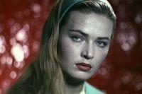 На ее счету - десятки успешных ролей в кино.