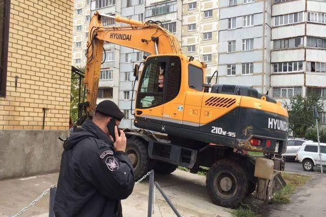 Наулице Кул Гали вКазани снесли нелегально основанный торговый комплекс
