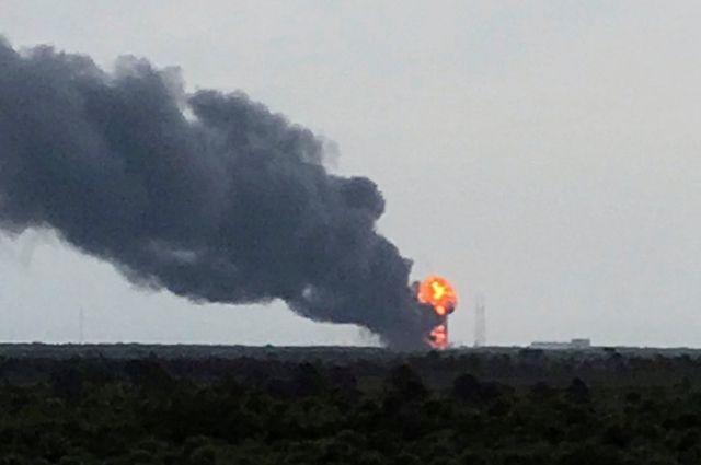 SpaceX назвала причину взрыва ракеты Falcon 9