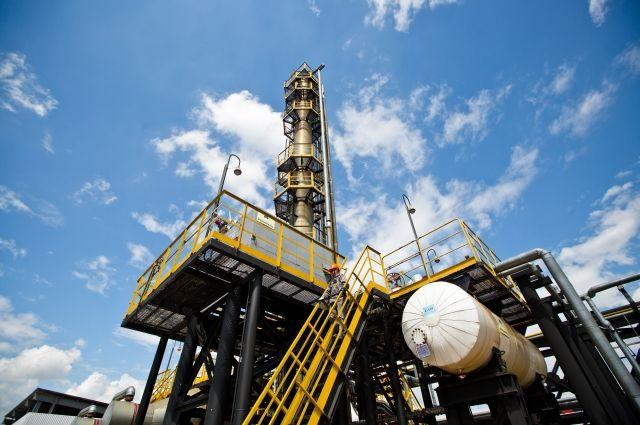 Новак: РФ несобирается искусственно снижать добычу нефти