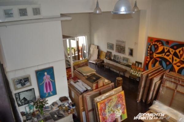 Мастерская Андрея Поздеева до сих пор хранит память о художнике.