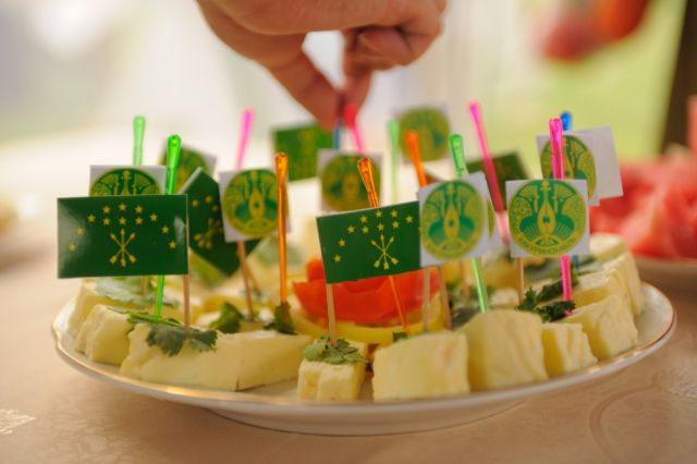 На русских прилавках появился сыр «Амичка»