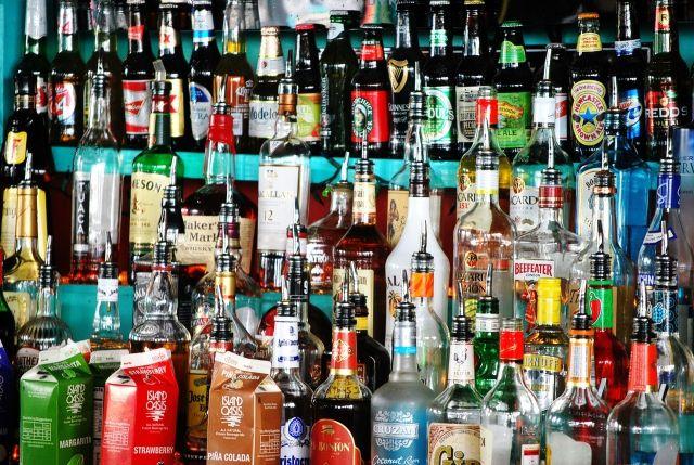 В Югре запретят продавать алкоголь в барах и ресторанах после 23 часов