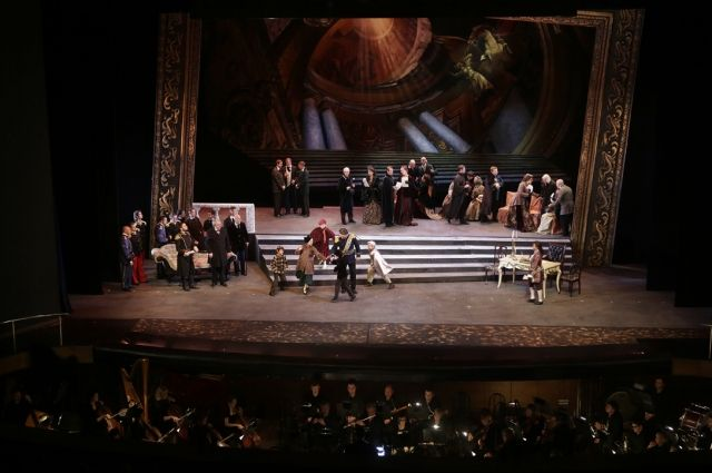 «Бал-маскарад» Донбасс Оперы на сцене Краснодарского Музыкального театра.