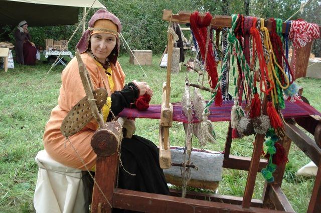 Автор проекта «Традиционное тульское ткачество» Екатерина Зернова