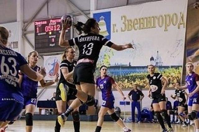 Гандбольная команда «Ростов-Дон» одержала победу вЗвенигороде