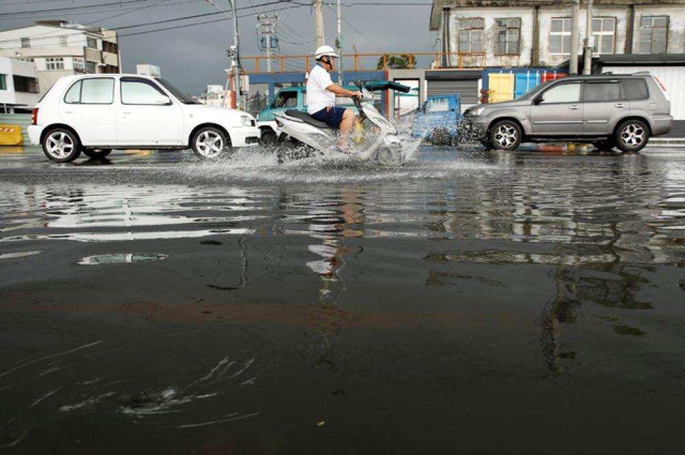 28 сентября тайфун добрался до побережья материковой части Китая.