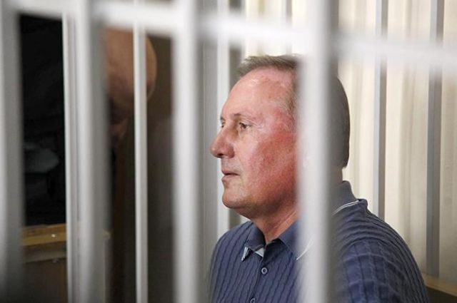 Юрист: Защита Ефремова обжаловала его арест