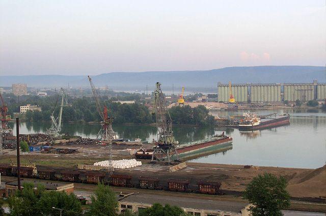 Медведев рассчитывает, что Тольятти осилит кризис монозависимости