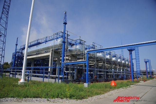 Нефтезавод регулярно проводит экскурсии по предприятию.