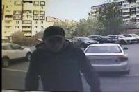 Предполагаемого преступника запечатлела камера видеонаблюдения