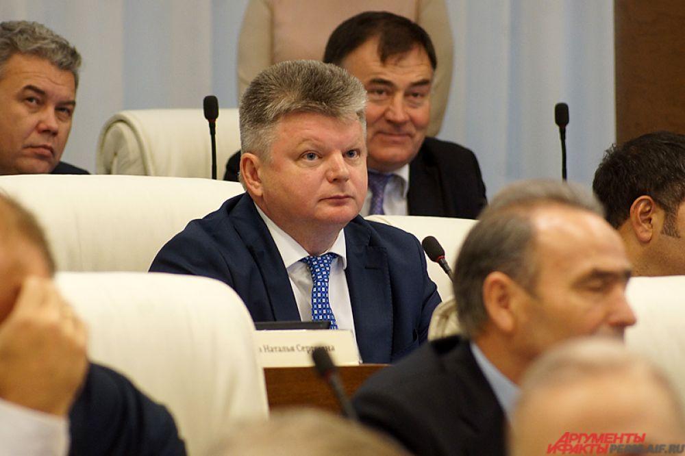 Депутат ЗС Игорь Орлов.