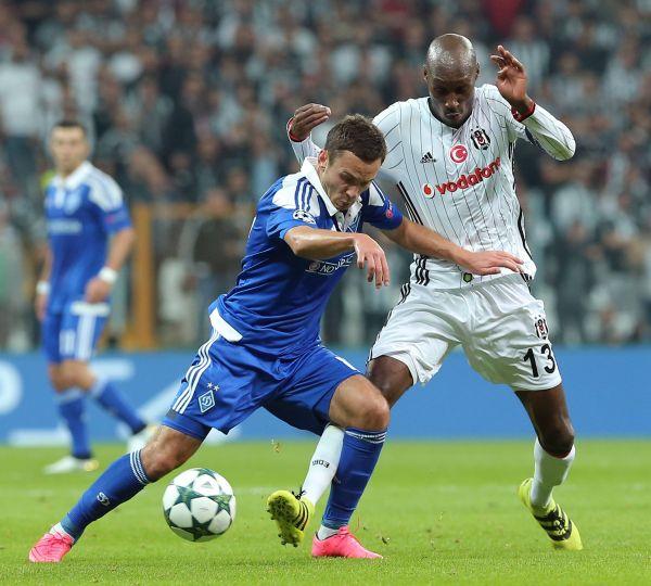 Динамо не останавливалось, но Бешикташ тоже не собирался уступать, хоть и турецкие футболисты заметно нервничали