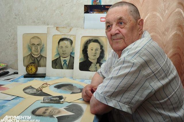 Мужчина помнит все даты, связанные с историей семьи, наизусть.