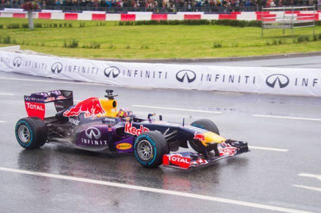 Промоутер опроверг слухи обисключении Гран-при РФ из«Формулы-1»