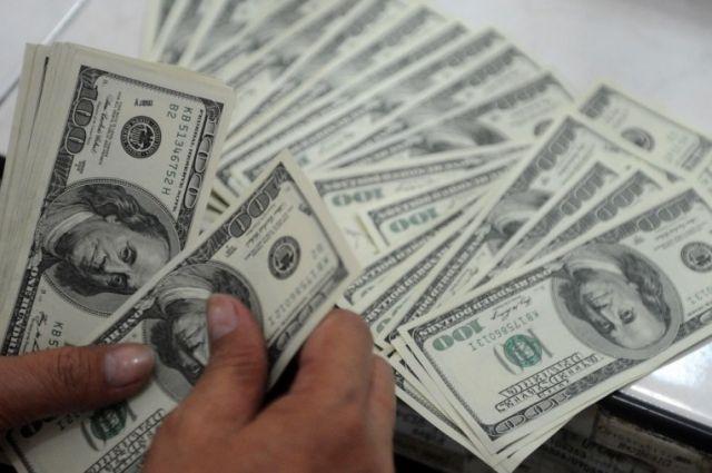 Нацбанк предупреждает обувеличении вобращении фальшивой валюты