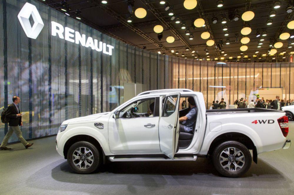 Renault ворвался в непривычный для себя сегмент пикапов вместе с моделью Alaskan. Получилось неплохо, что не удивительно, так как машину построили на базе Nissan Navara NP300.