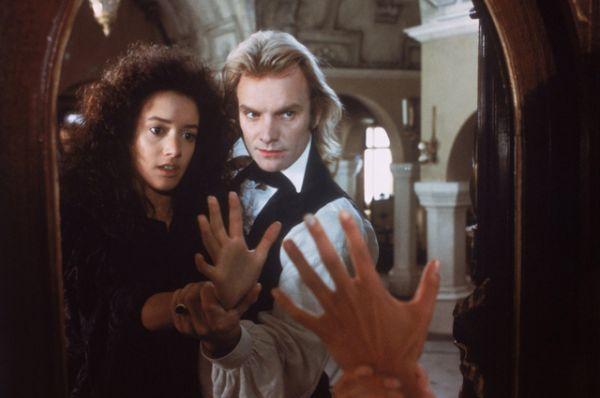 «Невеста» (1985) — одна из многочисленных экранизаций «Франкенштейна», где Стинг играет самого Франкенштейна.