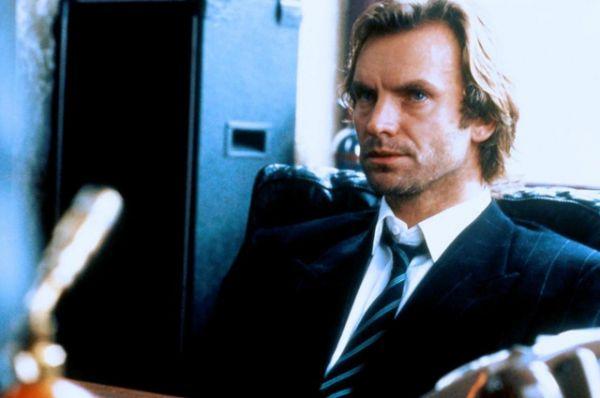 «Грозовой понедельник» (1988) — дебютная работа режиссера Майка Фиггиса в жанре неонуар. Действие фильма происходит в Ньюкасле — городе, переживающем экономический упадок, где людям отчаянно нужна работа. В фильме Стинг играет владельца джаз-клуба.
