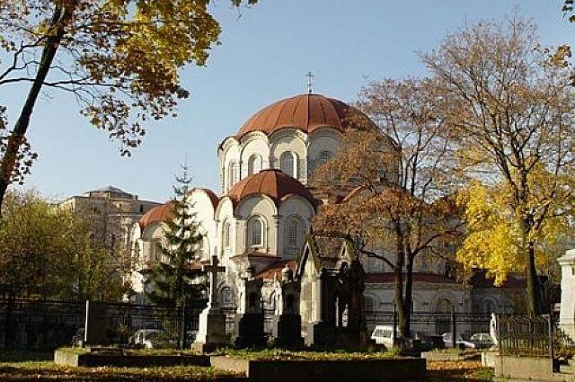 В рамках прогулки экскурсанты посетят все самые интересные уголки монастыря.