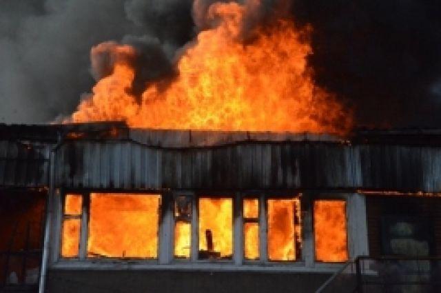 В квартире, где начался пожар, все сгорело дотла.
