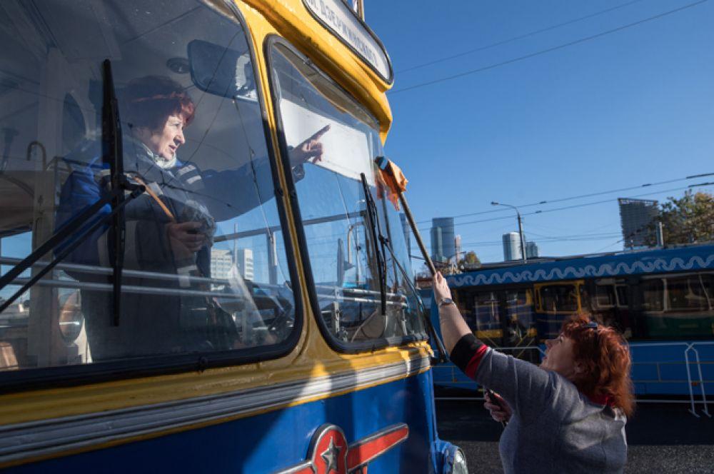 Всего москвичи увидели более 20 троллейбусов разных эпох.