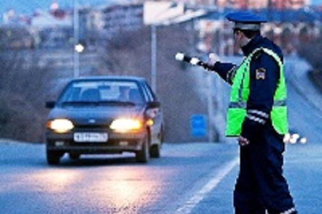 ВПензе трое мужчин везли в«Тойоте» спайс и«скорость»