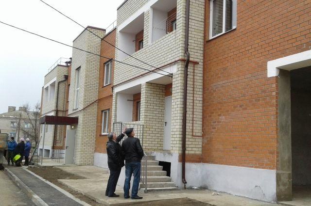 Волгоградцам профинансируют переселение изаварийного жилья